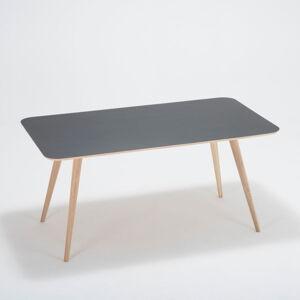 Jídelní stůl z dubového dřeva Gazzda Linn, 160x90cm